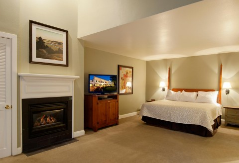 Large Luxury Suite with private fireplace at our Utah resort